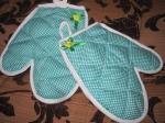 Весёлые кухонные рукавички  для девочки  (П1) Dutunka