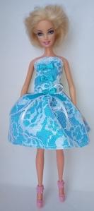 Сукня для ляльки Барбі Гепюр.Блакитне Dutunka