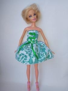 Сукня для ляльки Барбі Гепюр.Зелень Dutunka